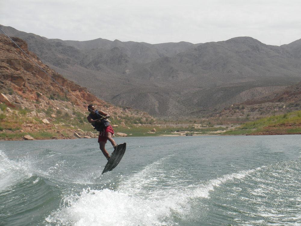 wake boarding (36).JPG