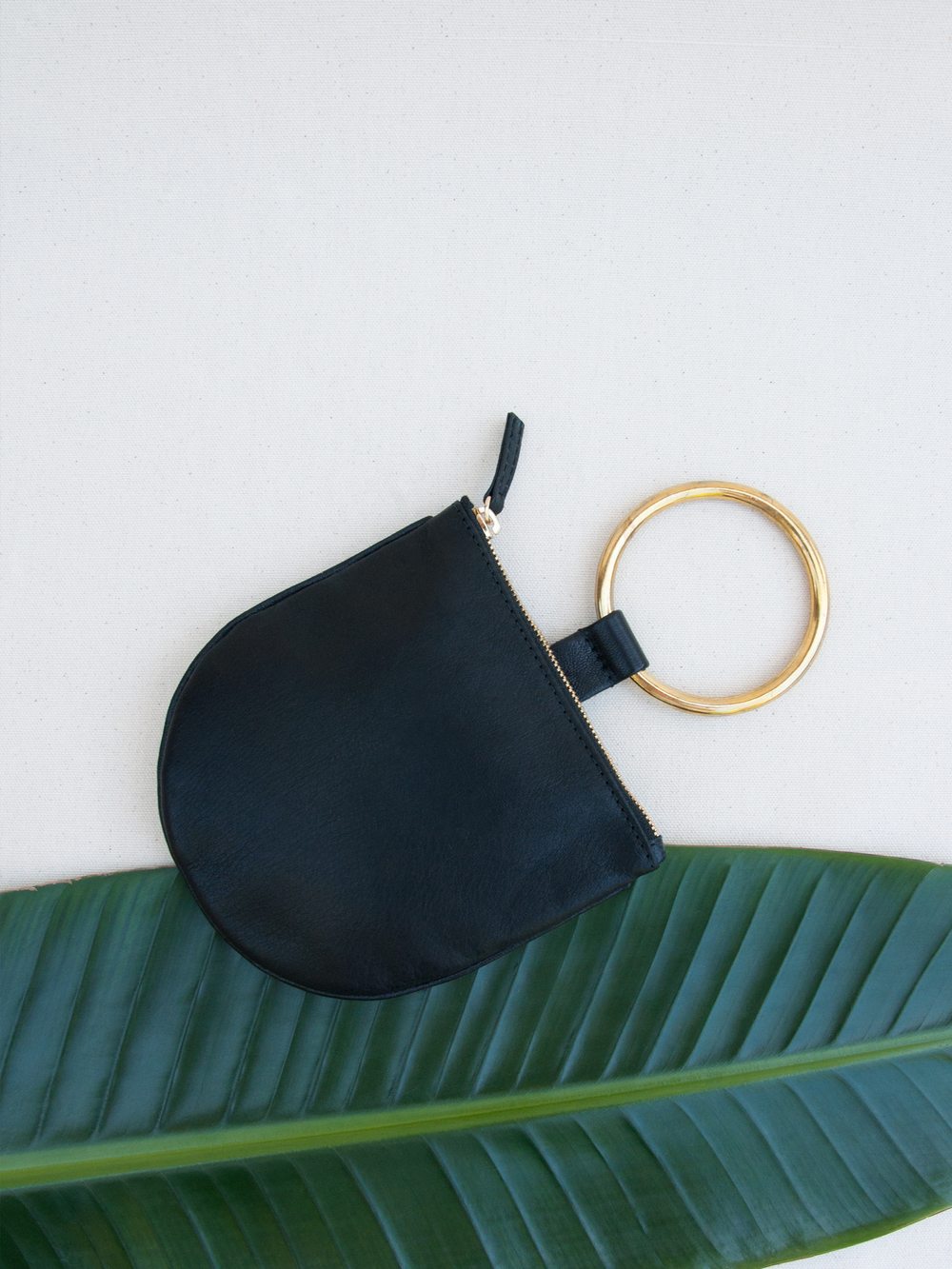 OtaatMyersCollective-RingPouch-Sm-Blk.jpg