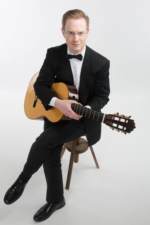 Daniel Corr, Classical Guitarist