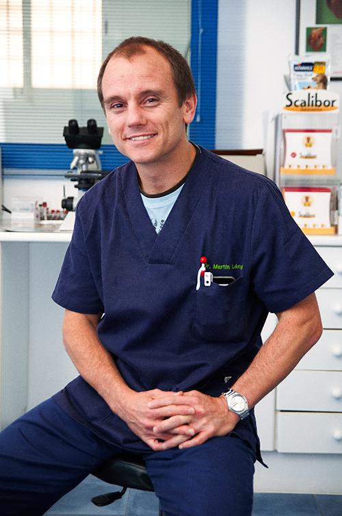 Dr. Martín Lányi. Col. Nº786