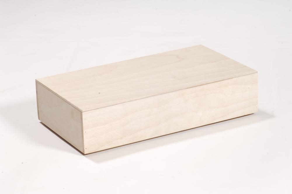 Holzschatule mit Überwurfdeckel
