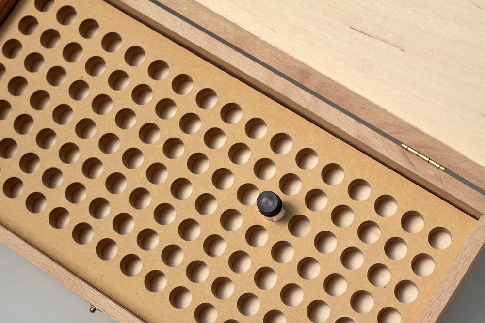 Holzkistchen mit Einlage