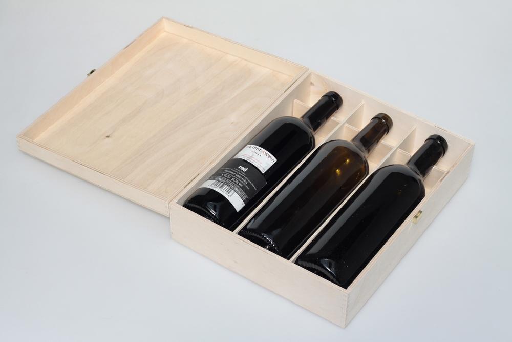 Weinkassette mit Klappdeckel