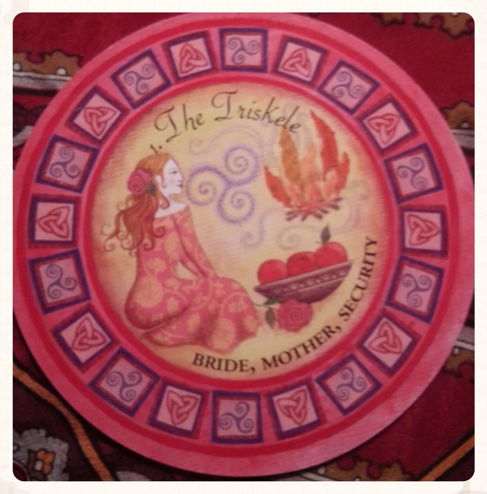 SUN-DAY AUGUST 16 TH 2015 CARD 1-THE TRISKELE- SUIT- HELPERS BRIDE, THE GREAT MOTHER, SECURITY  THE TRISKELE REPRESENTS THE THREE- FOLDED NATURE OF LIFE (BODY-MIND- SPIRIT/MOTHER- FATHER-CHILD & SO ON) ALL-EMBRACING NURTURING &FIERCELY PROTECTIVE BRIDE IS ASSOCIATED WITH THE REGENERATIVE FORCES OF THE SUN, FIRE & FERTILITY.THE ESSENCE OF THE GREAT MOTHER.REMEMBER YOU ARE ALWAYS PROTECTED BY DIVINE LOVE, THIS YOU MAY CALL WHATEVER YOU WISH, IT MATTERS NOT, WHAT DOES MATTER IS TO KNOW, FEEL & ACCEPT THE LOVE THAT THE UNIVERSE POURS INTO YOU EACH &EVERY MOMENT YOU ALLOW IT.
