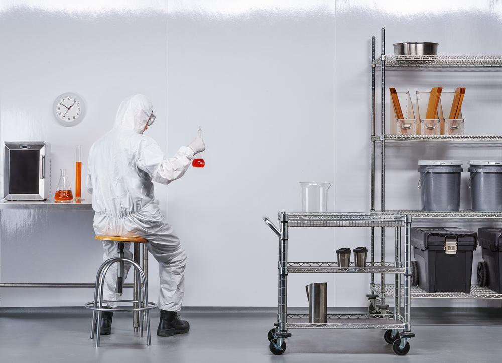 Cleanroom_Lab_Patrick.jpg
