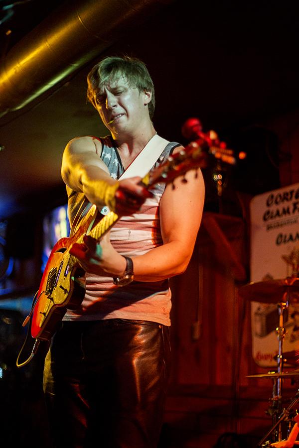 Lithuanian's Got Talent participant, Dovydas Mascinskas, plays with his band, David Smash.  © Karen Arango