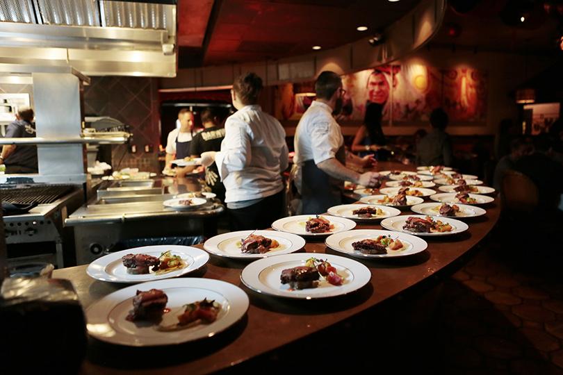 2014 Celebrity Chef Tour Dinner at Darwin's on 4th.  © Karen Arango