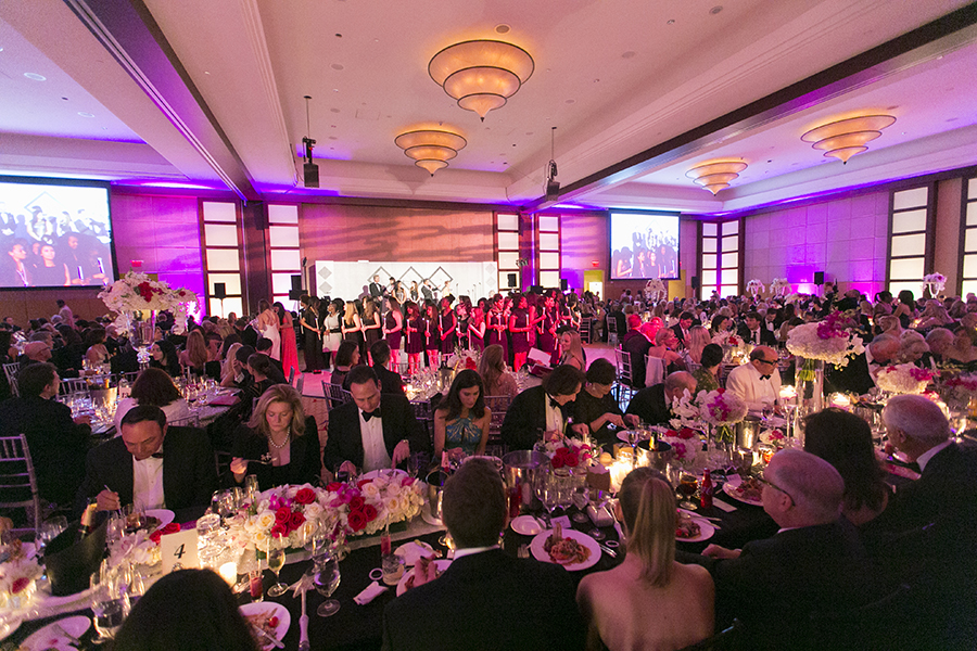 2015 Women of Tomorrow Fundraiser Gala.  © Karen Arango