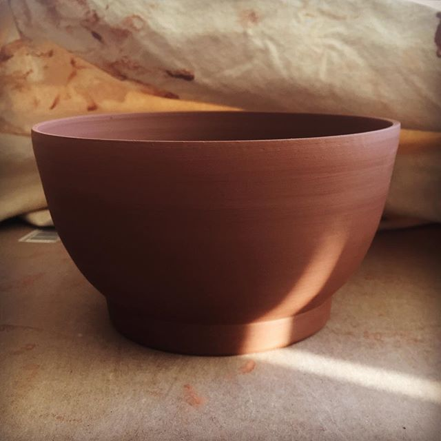 Light on Form. New shape emerging. #pottery #ceramics #clay #maker #makersgonnamake #bowl #brown #art #brooklynbornceramics #love #contemporaryceramics