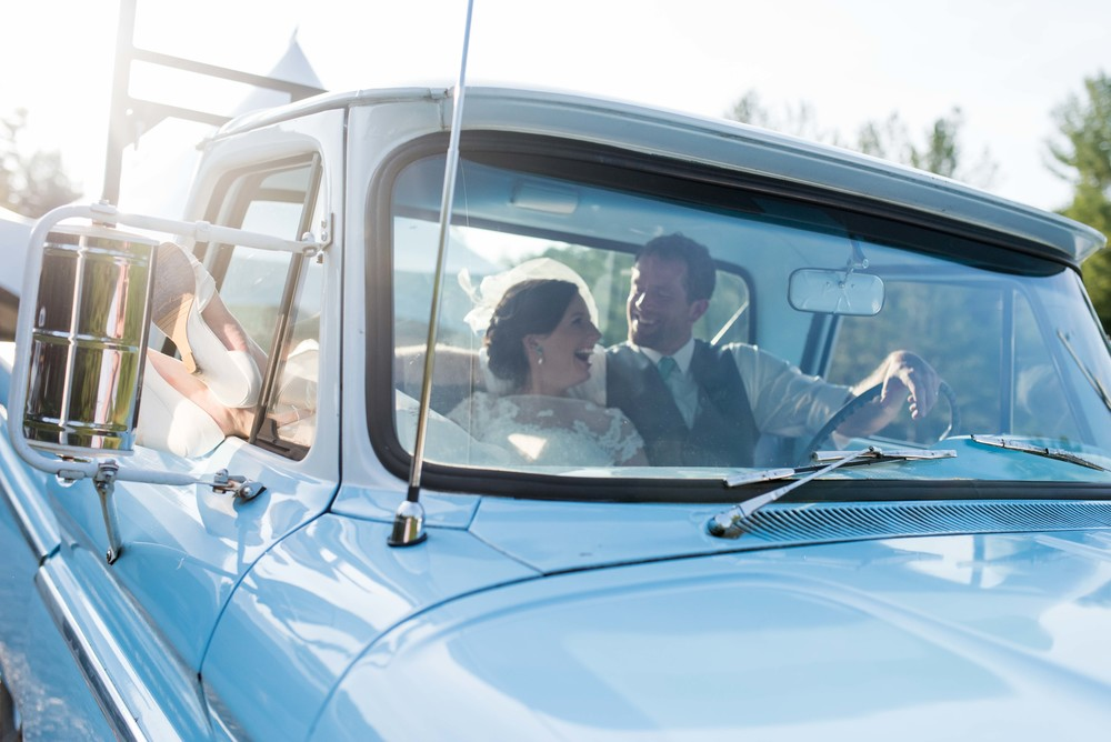 wedding couple truck