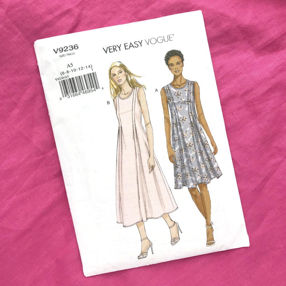 Very Easy Vogue 9236.