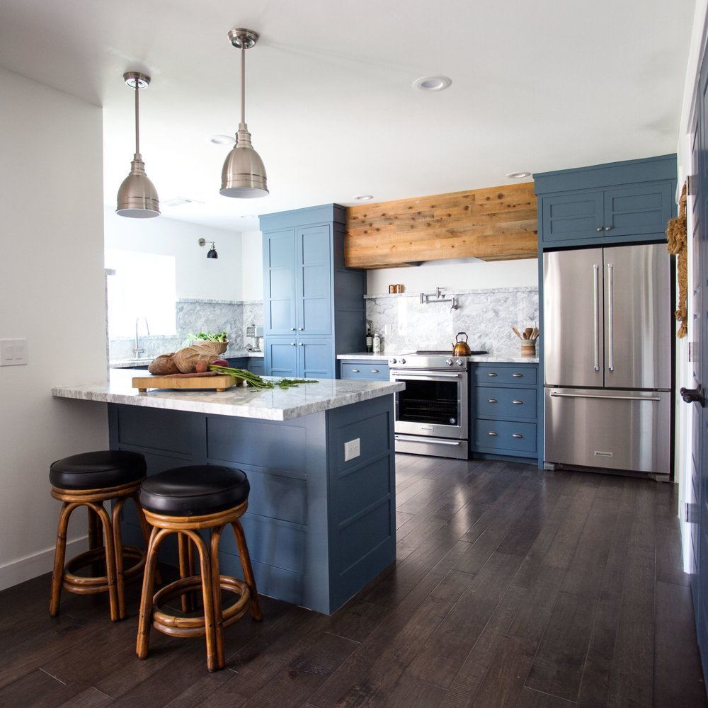 Farmhouse Style Modern Blue Kitchen with Marble