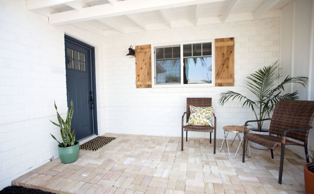 Recycled brick patio entry white exterior