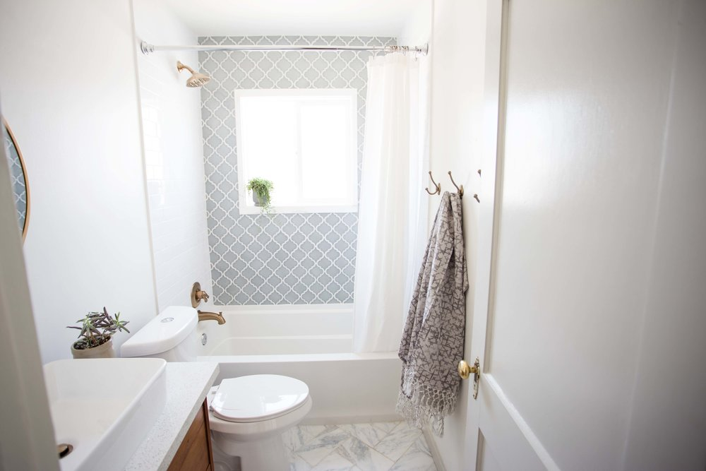Ogee tile accent in bathroom