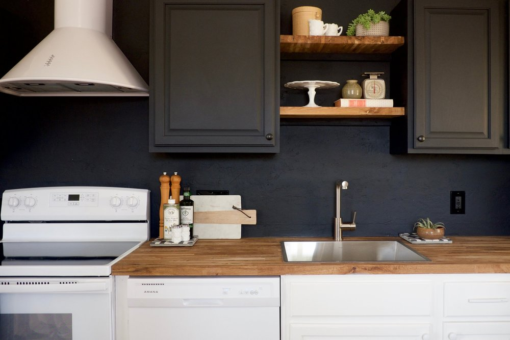 Larkspur Kitchen Black Wall.jpg