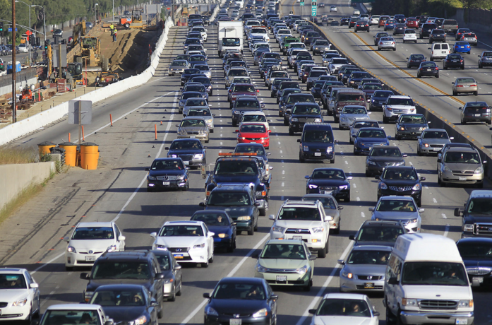 Source: LA Times. 1-Apr-2015. 'Traffic crawls along the northbound 405 Freeway in Westwood during rush hour