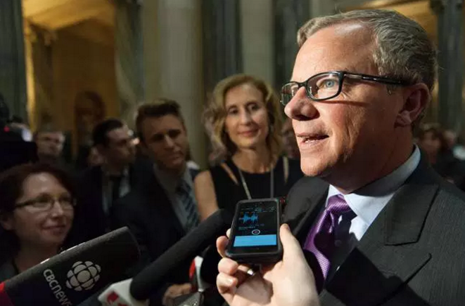 Source   : The Canadian Press/Michael Bell.    Saskatchewan Premier Brad Wall released a climate change plan on Oct. 18 that he is calling an alternative approach to the recently announced carbon price.