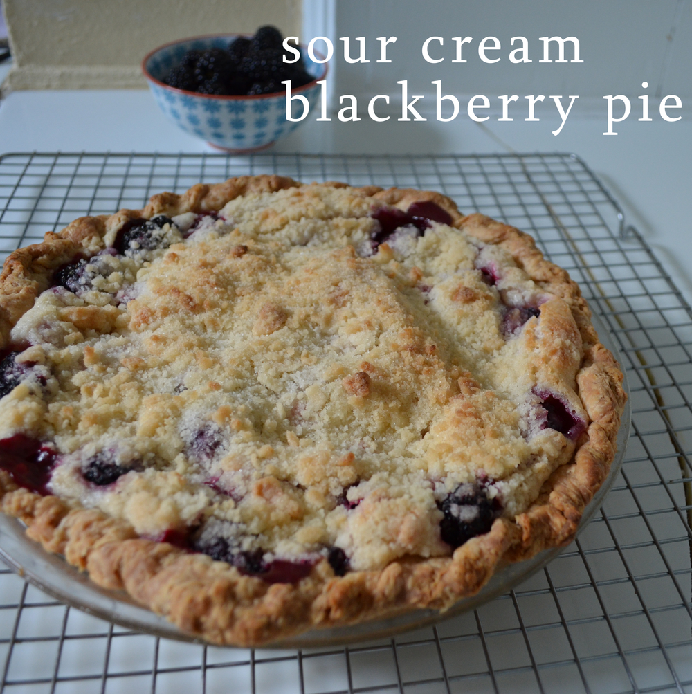 sour cream blackberry pie