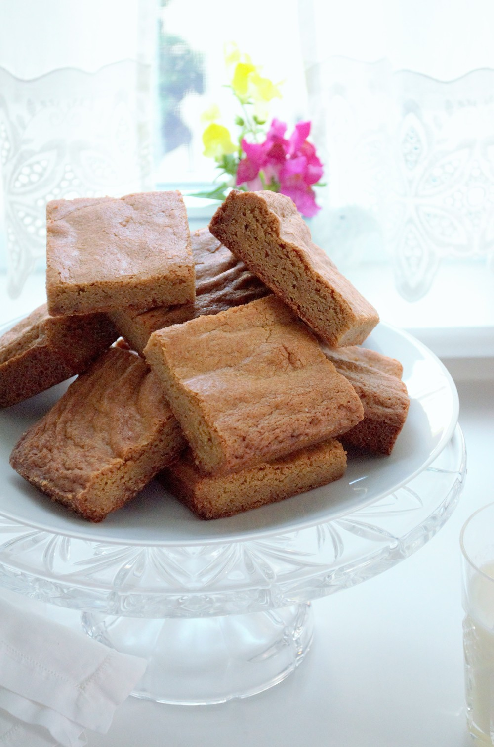 brown butter caramel bars 1 (1).jpg
