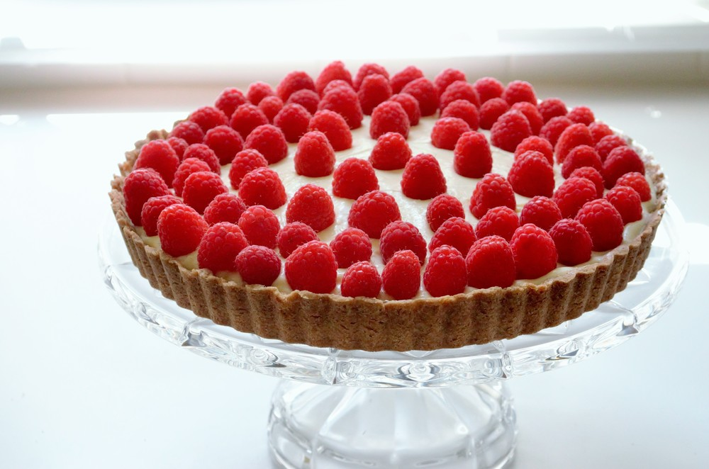 raspberry cream tart (14).jpg
