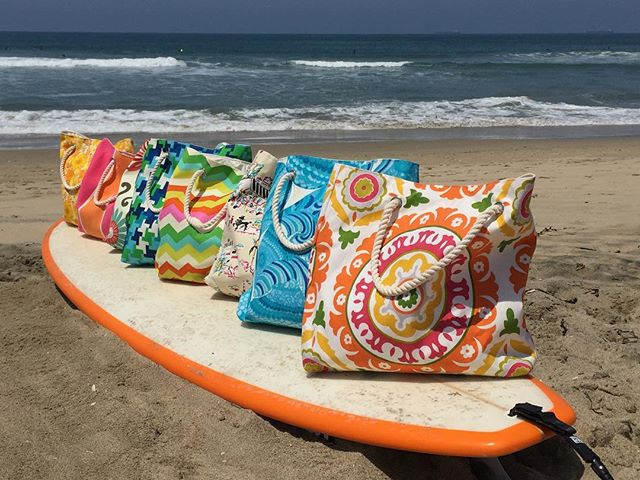 May your #holiday #weekend be filled with #sun and #fun! #chellesummer #4thofjuly #totebags #surfboard #beach #ocean #california #socal #huntingtonbeach #surfing #sunshine #inspire #create #handmade #Trinaturk #fabric (#pisces - #turquoise ) @schumacher1889 #summer