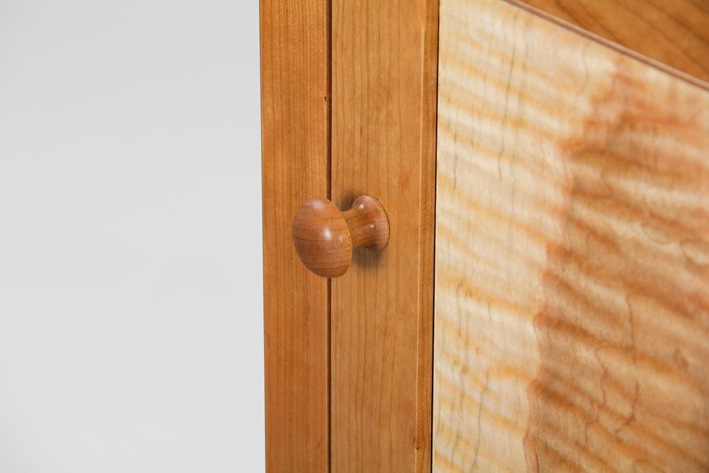 nightstand_doorpull_gray.jpg