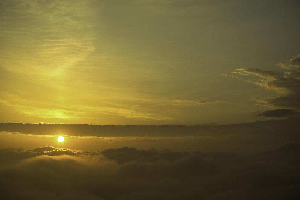 Sunrise-in-Darjeeling-Tiger-Hill-India.jpg