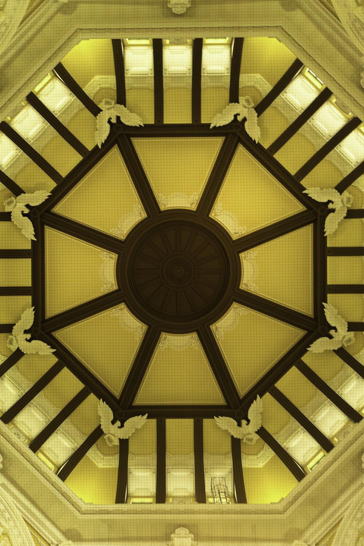 Symmetry-ceiling-Tokyo-Japan.jpg