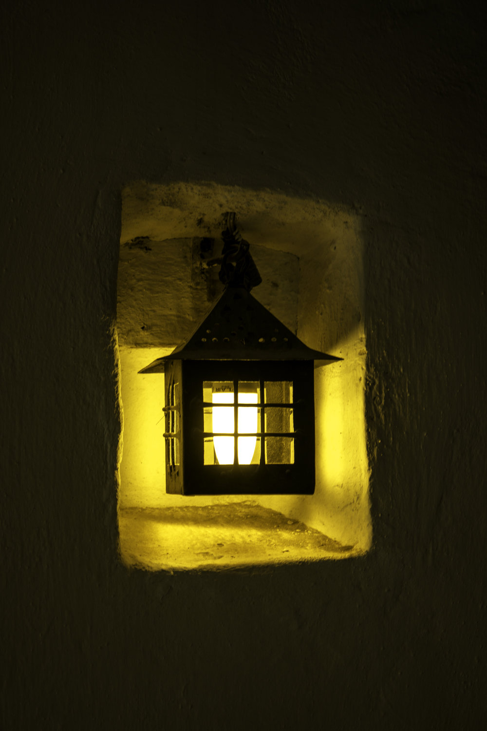 Bran-Castle-Romania-map-light.jpg