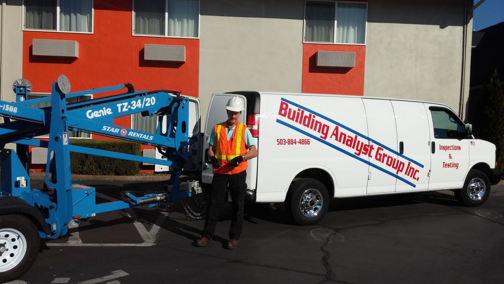 Copy of Copy of We use boom lifts