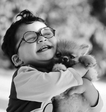 Source: http://www.saatchisynergize.co.za/blog/top-ten-cutest-hugs-of-all-time/