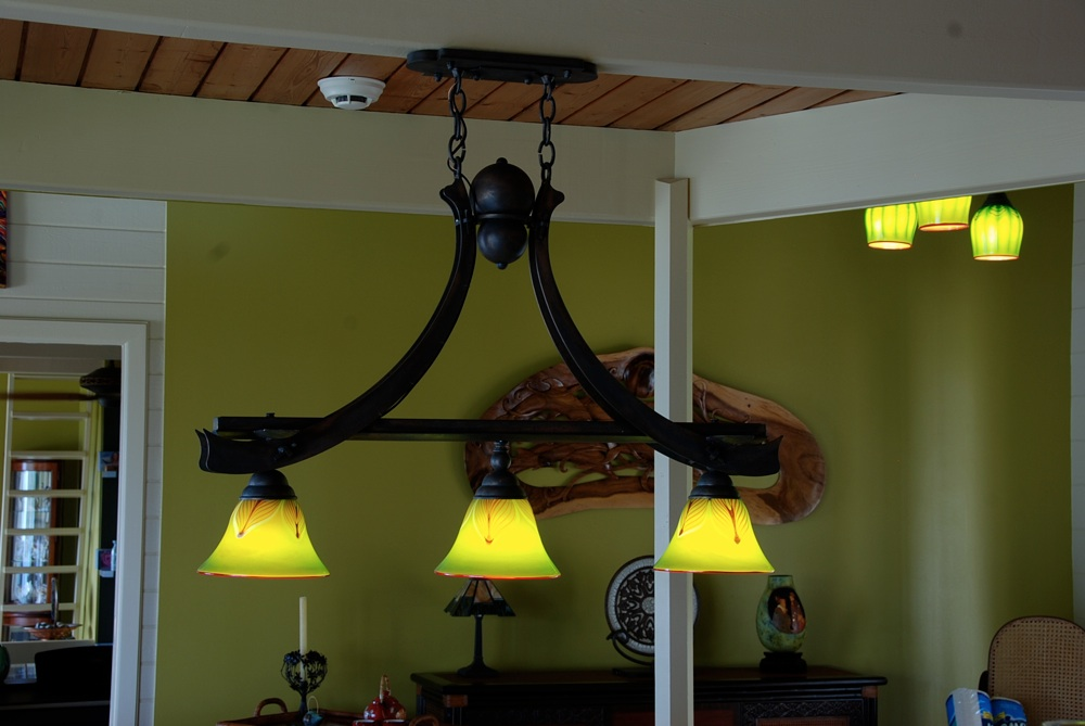 Ribbon Trestle Lamp
