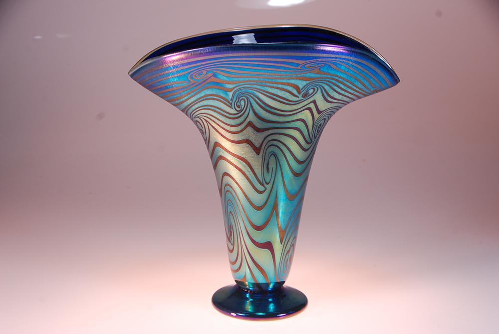 Wave Fan Vase