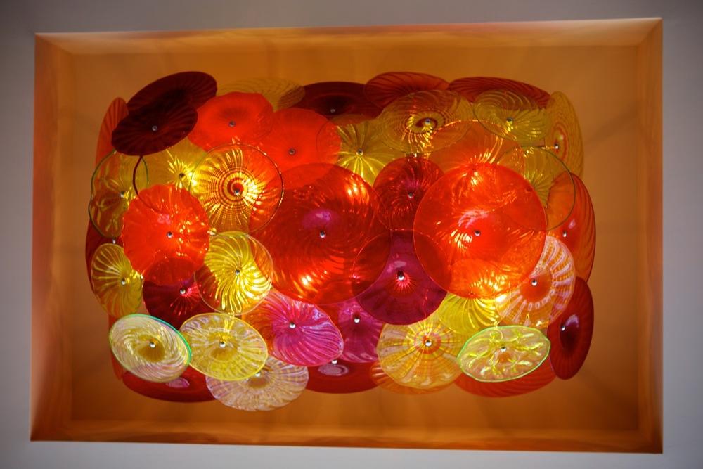 chandelier rondel Vitrine Parx Casino artist rick strini .jpg