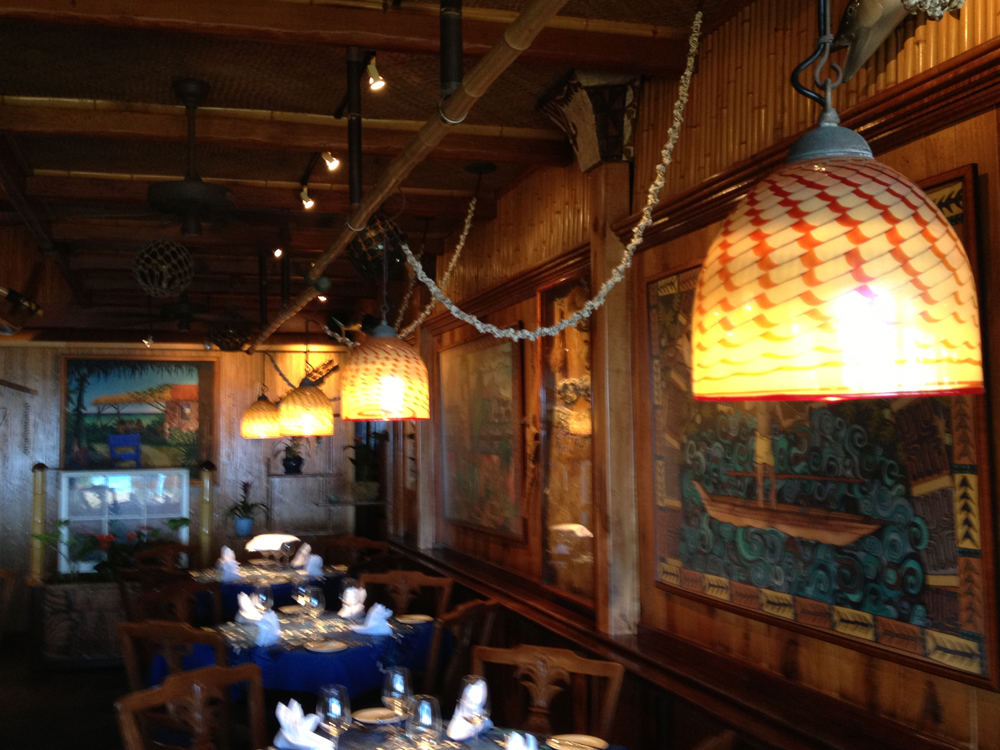 Dining Room Mama's Fish House