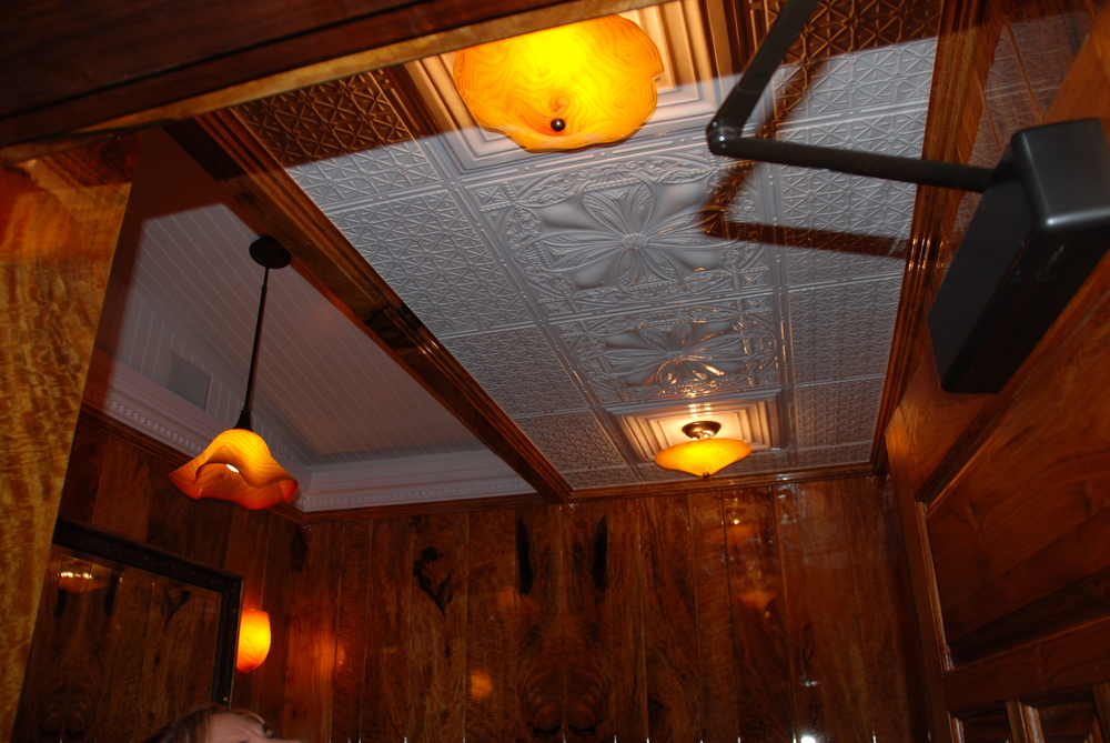 Tangerine ceiling mount-Mama's Fish House