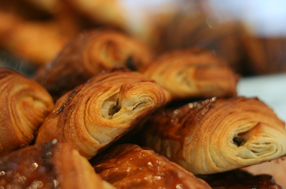 Du Pain Et Des Idees Pain Chocolat Banane (Photo: Anne Banas)