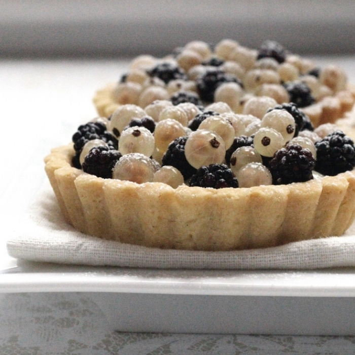 White Currant-Blackberry Tartlettes