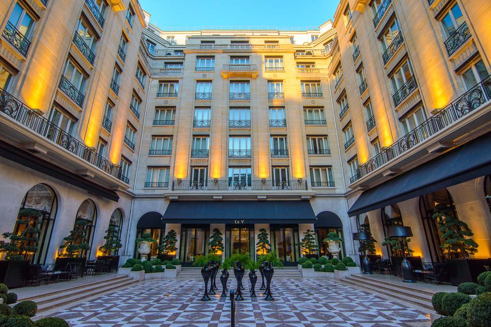 Hotel  Seasons George V Paris