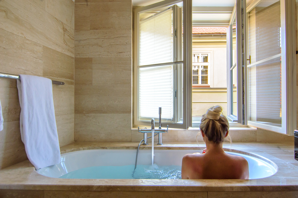 Best bathtubs in the world for Best bathrooms on the road
