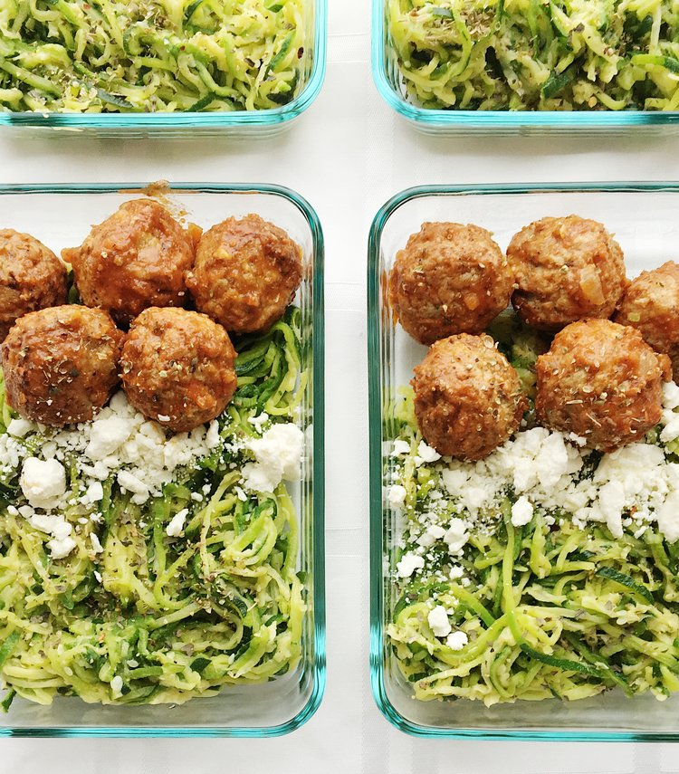 college nutritionist lunch zoodles and meatballs