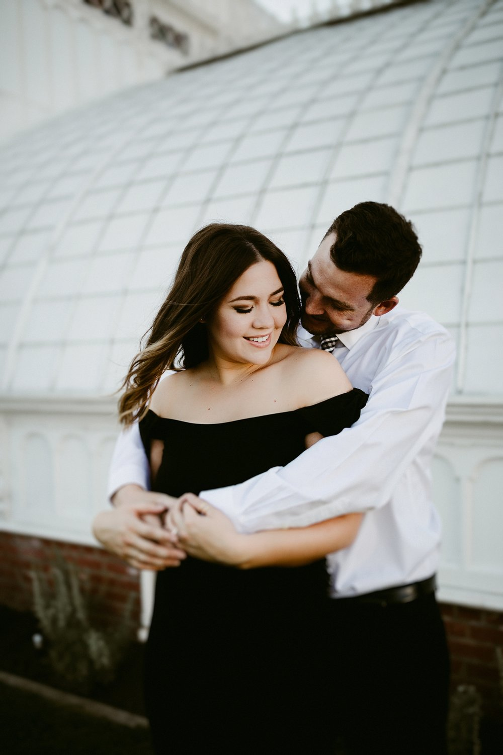 conservatory of flowers engagement session