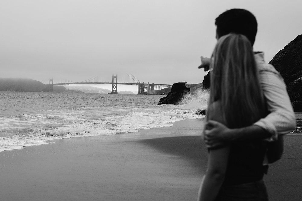 golden gate bridge engagement session // San Francisco beach engagement photos