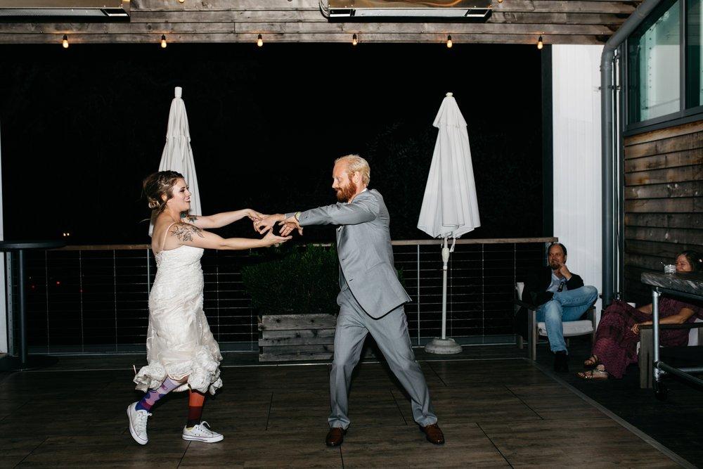 Healdsburg Shed wedding, downtown Healdsburg wedding, Healdsburg wedding photographer, Northern California wedding photographer, Sonoma county wedding photographer