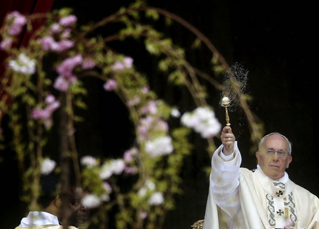 Pope Francis asperges.png
