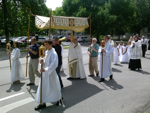 Corpus Christi procession.png