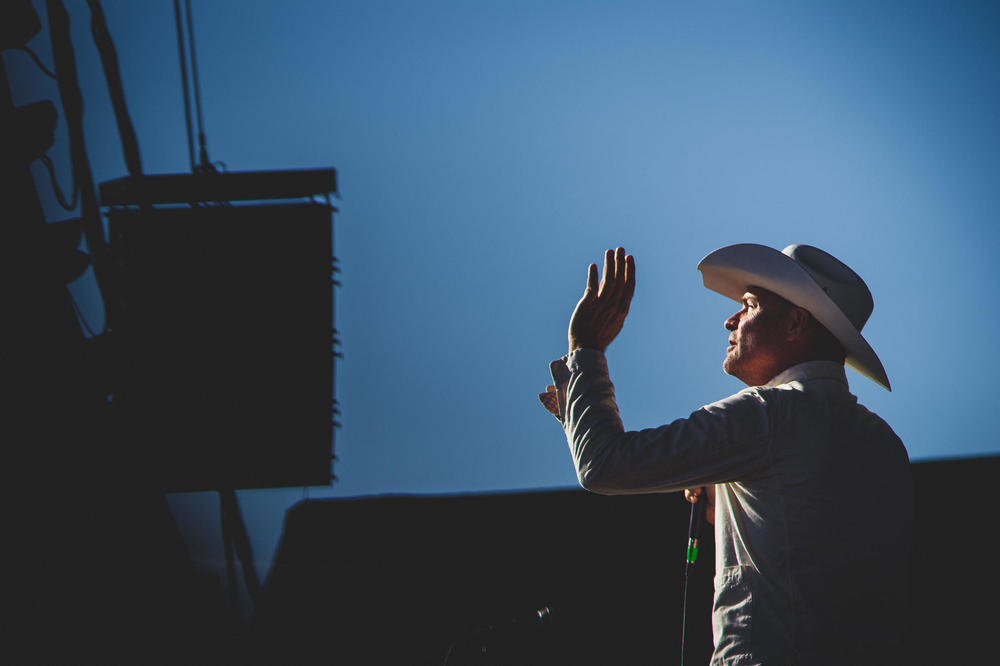 Rock-The-Shores-Deringer-Photography-Gord-Downie-Tragically-Hip-1.jpg
