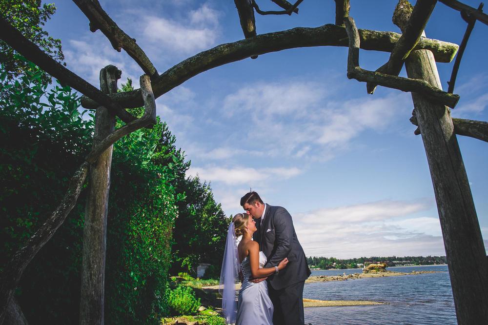 Erin_Jeff_Pacific_Shores_Resort_Wedding-13.jpg