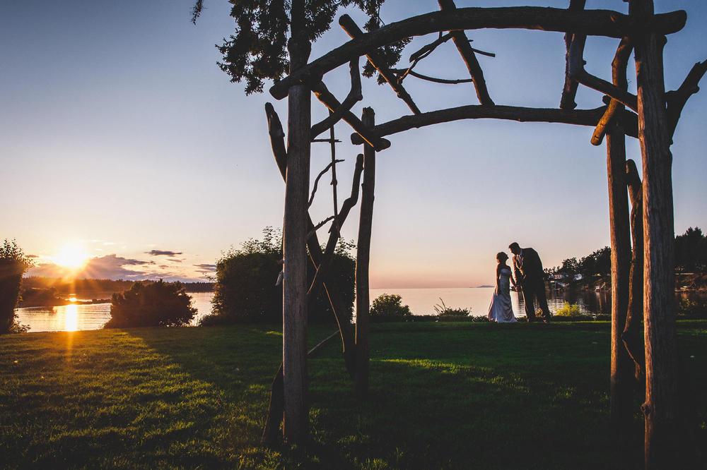 Erin_Jeff_Pacific_Shores_Resort_Wedding-38.jpg