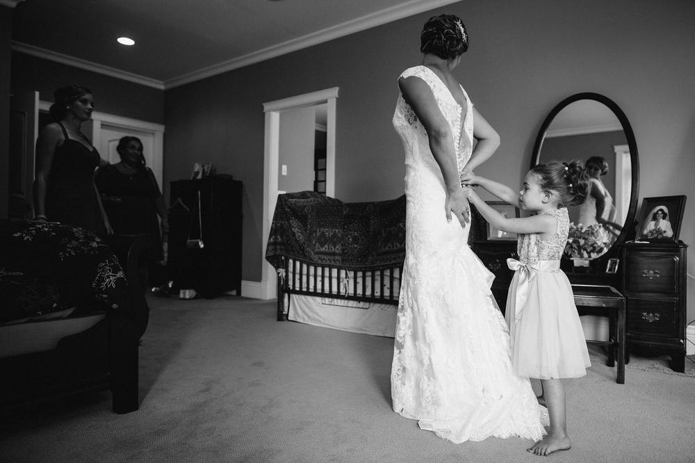 Emily-Travis-Cowichan-Wedding-Deringer-Photography-9.jpg